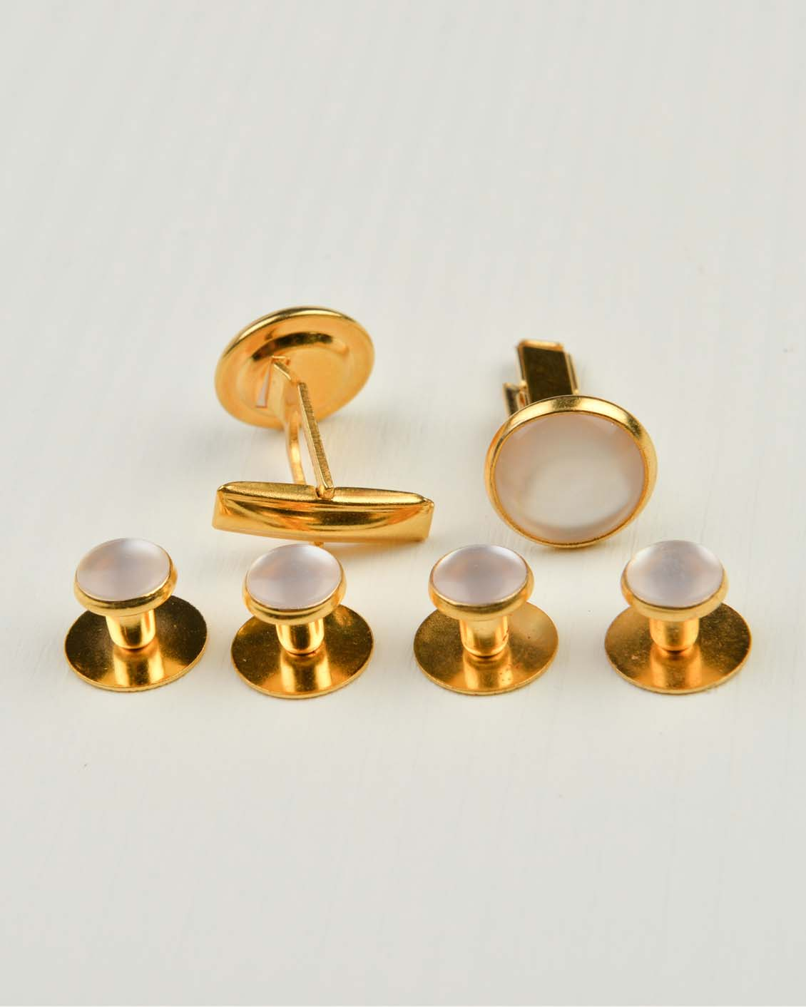 Tuxedo.ca - White and Gold Button Studs & Cuff Links
