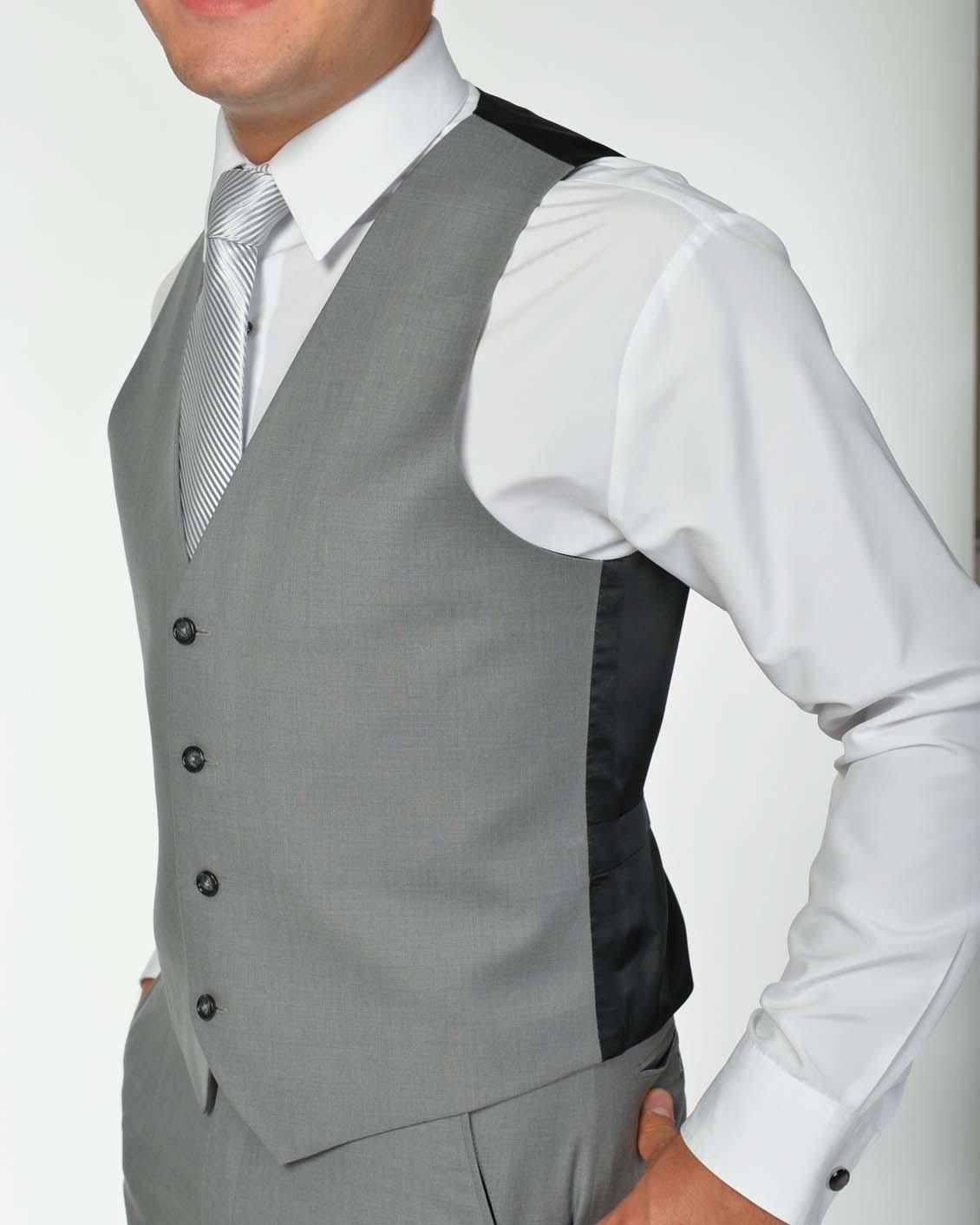 Tuxedo.ca - Light Grey Vest