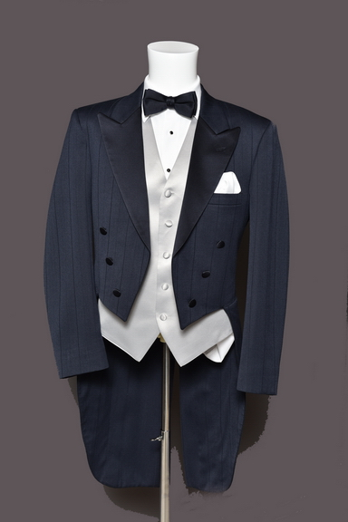 Tuxedo.ca - Tail Coat Navy CHRISTIAN DIOR